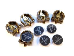 CR1220 lithium button cell Harwin coin cell holder - smarter electronics by universal solder