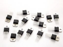 16 pcs TO-220 Voltage Regulator 7805 7809 7812 7815 7905 7909 7912 LM317