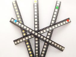 100 pcs 3-Chip LED SMD 5050 water clear, 20 pcs each Red Green Blue Yellow White